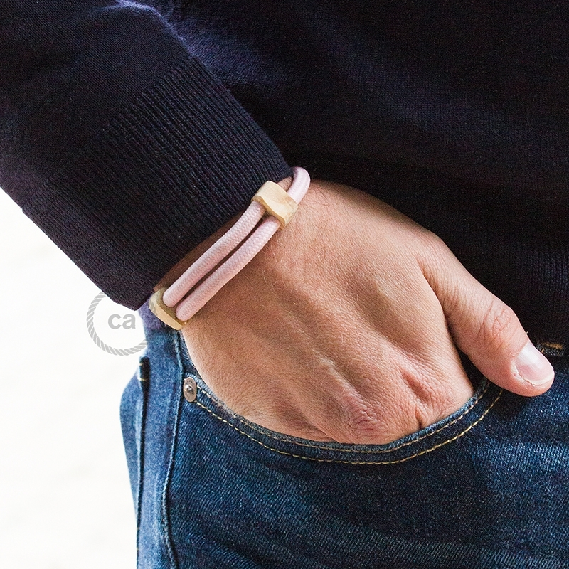 Creative-Bracelet in Rayon solid color Baby Pink fabric RM16. Wood sliding fastening. Made in Italy.
