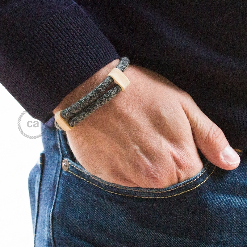 Creative-Bracelet in Natural Gray Linen RN02. Wood sliding fastening. Made in Italy.