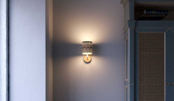 The fermaluce wall sconce: the italian wall light