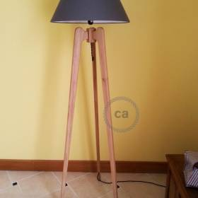 Raoul Lima: Wooden Tripod Lamp